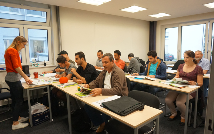Anglokom-German-Integration-Course-Classroom-Photo-1