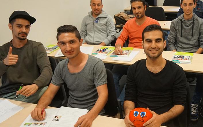 Anglokom-German-Integration-Course-Classroom-Photo-2